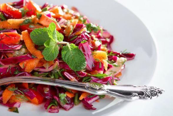 Пісний сніданок: готуємо різнокольоровий овочевий салат