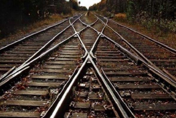 Дев'ять додаткових поїздів пустять через Хмельницький на великодні свята: куди та коли можна доїхати