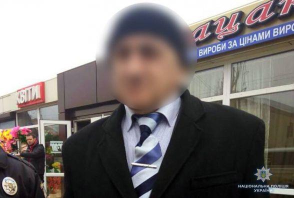"""""""Ніхто й подумати не міг"""", - у Хмельницькому затримали 54-річного чоловіка, який обкрадав перукарні"""