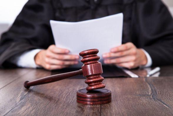 """Від 3 до 5 років: Волочиський суд призначив покарання """"серійним"""" крадіям"""