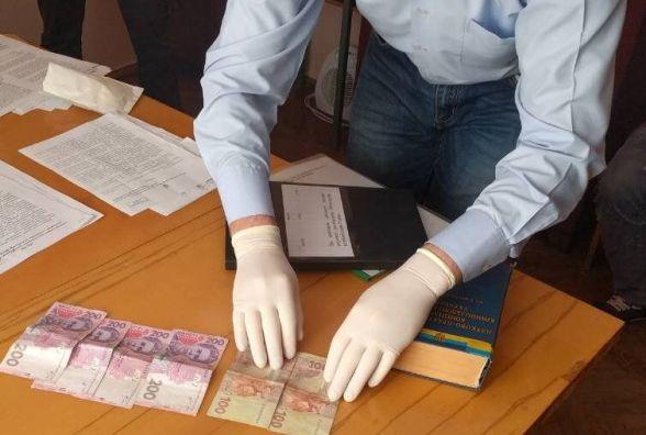 """""""Гроші за невинність"""": у Віньківцях чоловік намагався відкупитися від поліції за 5000 гривень"""