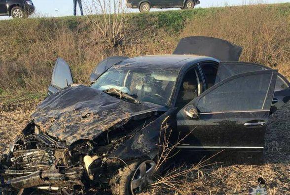 Кілька разів перекинувся і вилетів у поле: на Кам'янеччині в ДТП загинула жінка