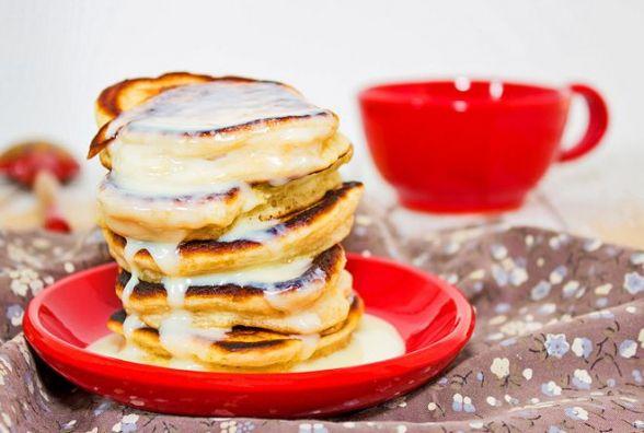 Швидкий і смачний сніданок: готуємо оладки на кефірі