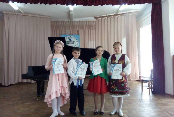 Золото та срібло наспівали хмельничани на Всеукраїнському конкурсі