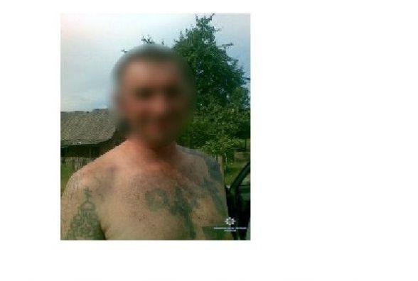 Десять днів ховався в лісі мешканець Деражнянщини після того, як зарізав дружину