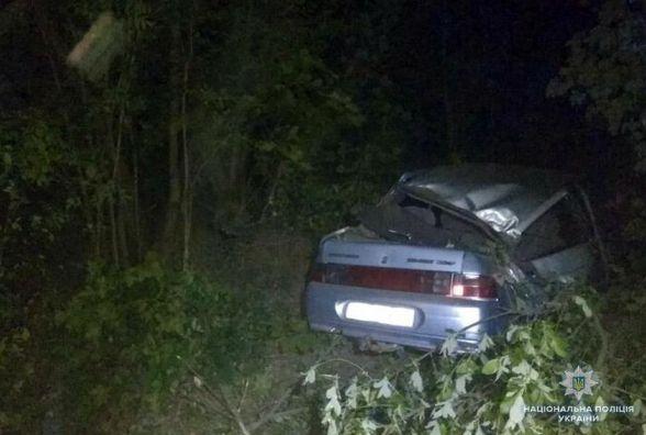 Поблизу Старокостянтинова перекинувся ВАЗ. 25-річна пасажирка померла на місці