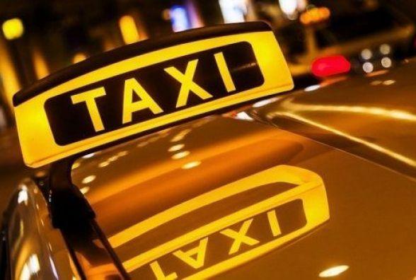 Хмельничанина, який таксував без дозволу, оштрафували на  17 тисяч гривень
