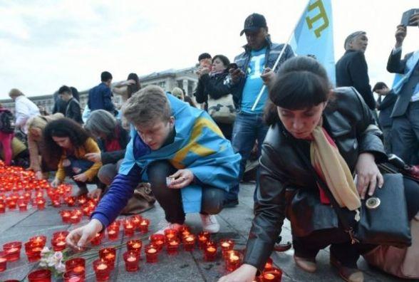 О 12.00 хмельничан закликають вшанувати хвилиною мовчання жертв депортації кримських татар