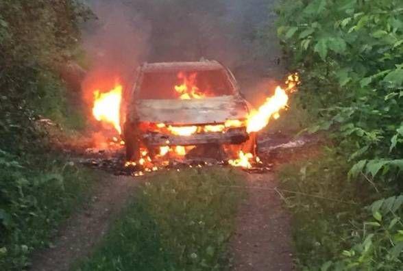"""Розбите авто патрульних і спалений """"Opel"""": хроніка ДТП у Хмельницькому"""