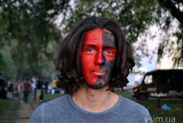 Спосіб самовираження: про людей з незвичними зачісками і костюмами на Rock&Buh