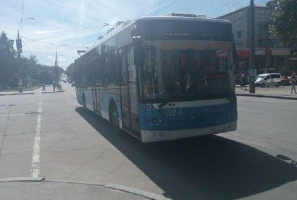 Одразу чотири  тролейбуси у Хмельницькому на два дні змінять свій маршрут