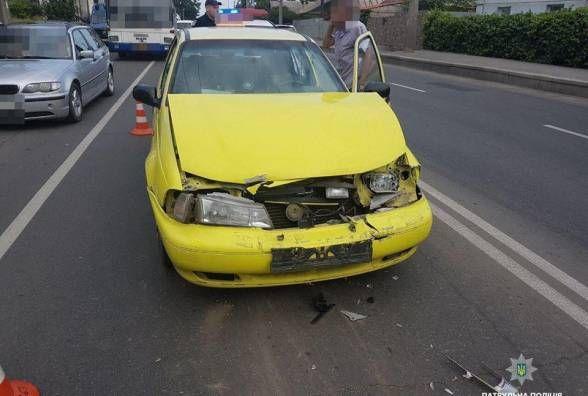 П'яний таксист і 11 постраждалих: хроніка ДТП у Хмельницькому