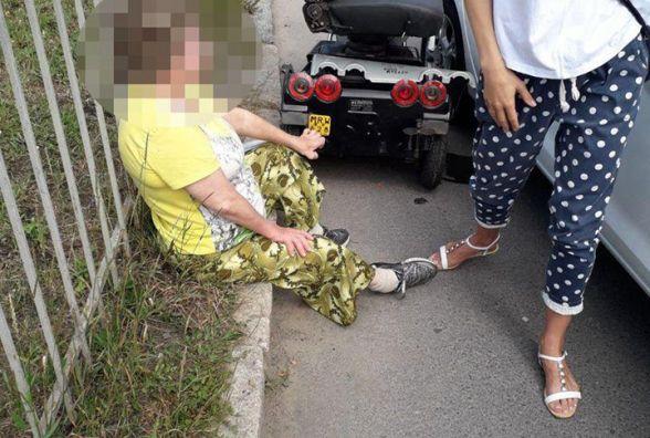 """Біля """"Темпу"""" водійка на """"Ford"""" збила жінку на інвалідному візку (ВІДЕО)"""