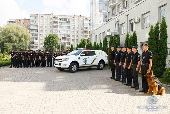 Надсучасний пересувний вибухотехнічний комплекс подарували хмельницьким поліцейським
