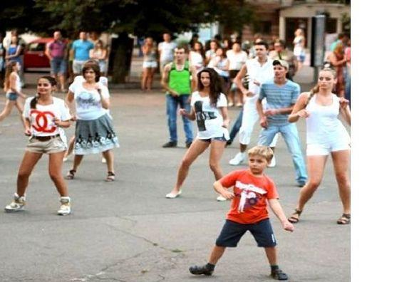 На Проскурівській пройде нестримний танцювальний фестиваль