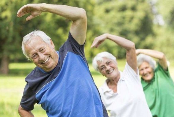 У МОЗ назвали ТОП-5 здорових звичок, які продовжують тривалість життя