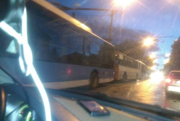 Злива паралізувала рух тролейбусів у Хмельницькому. Які збитки у підприємства?