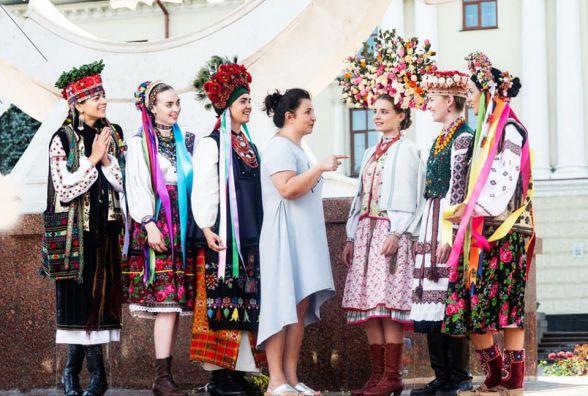 Вінтажний показ мод: у Хмельницькому покажуть унікальну колекцію національного вбрання