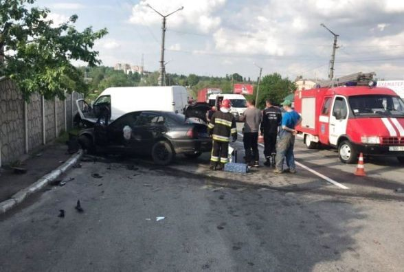 Збита дитина та 29 аварій: хроніка ДТП у Хмельницькому