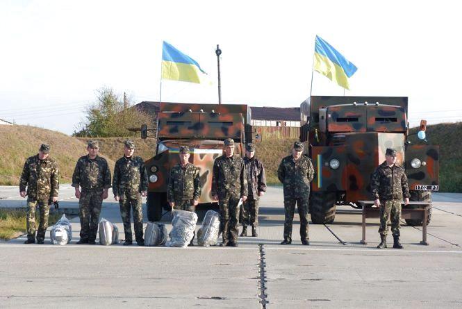 Волонтери з Хмельниччини відправили у зону АТО дві броньованих вантажівки