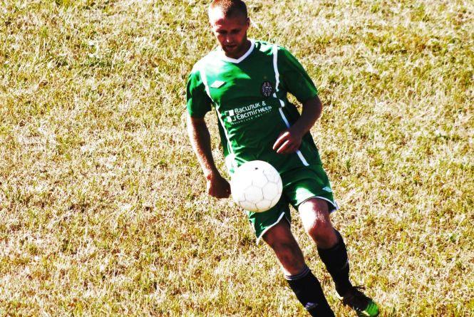 Чемпіонат Хмельниччини з футболу: аутсайдери псують плани фаворитів
