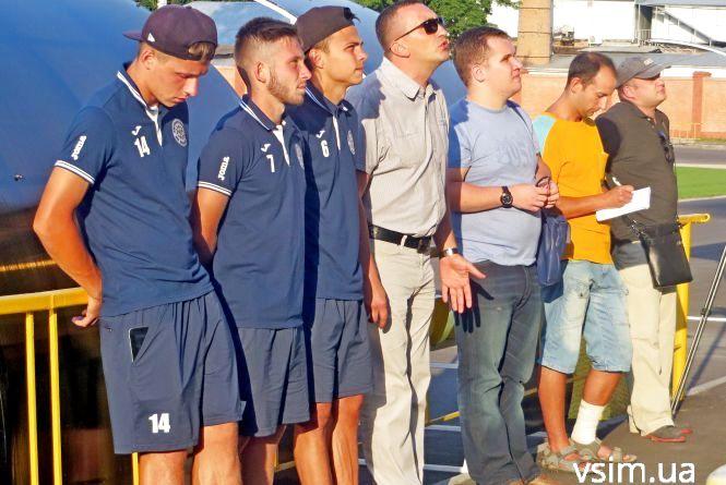 Президент «Поділля» розповів вболівальникам про мільйони на команду і завдання на сезон