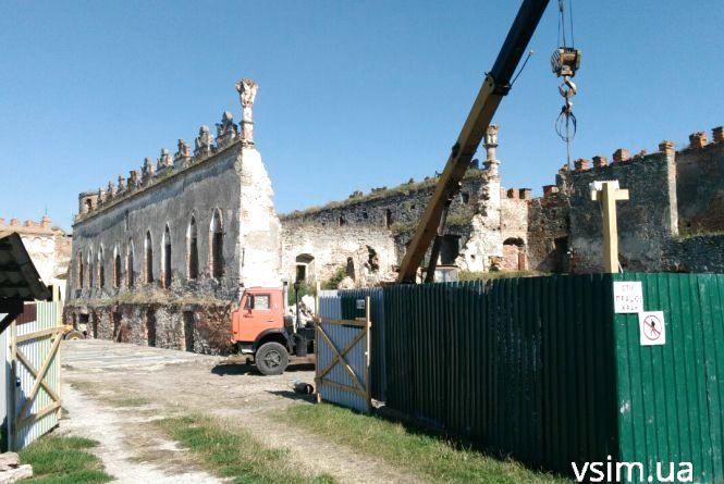 Замок у Меджибожі реставрують