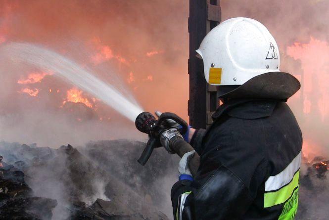 В останній тиждень 2016 року рятувальники загасили 1072 пожежі