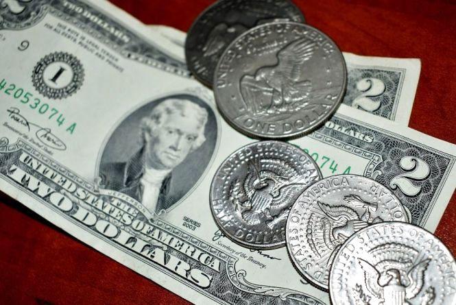 Долар росте - курс НБУ на 13 січня