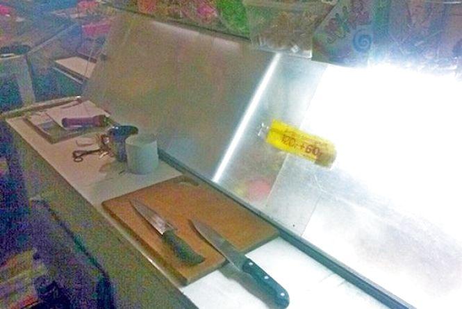 На Хмельниччині чоловіку ножем пробили легеню