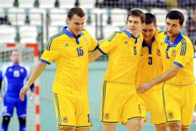 Хмельничани зіграють за збірні України з футзалу