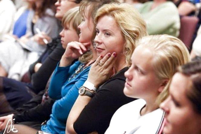 До Хмельницького приїдуть депутатки з 9 областей. Говоритимуть про жінок і політику