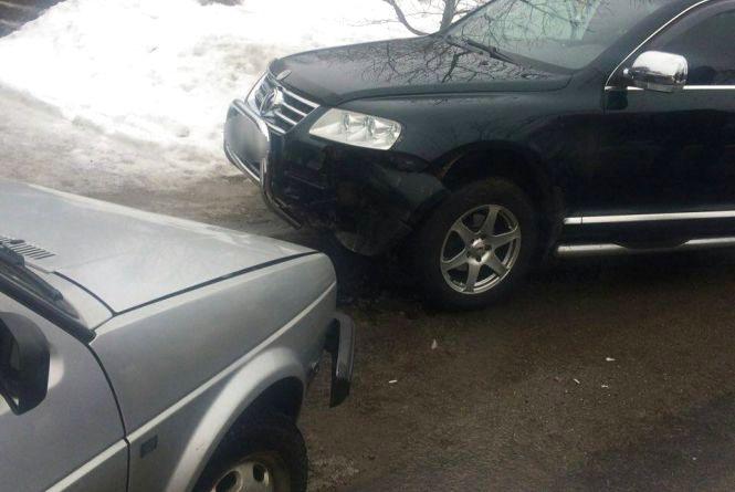 На Щедріна зіткнулось дві іномарки. Один із водіїв був п'яним