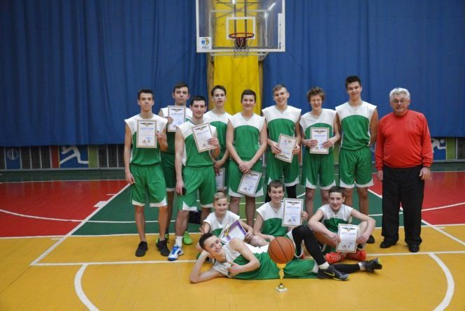 Колегіум став чемпіоном Хмельницького з баскетболу