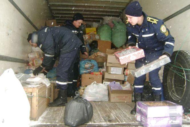 До Авдіївки з Хмельниччини повезли 5 тонн гуманітарної допомоги