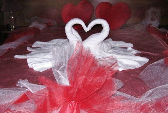 """Незабутня шлюбна ніч: скільки коштує весільний """"люкс"""" у Хмельницькому"""