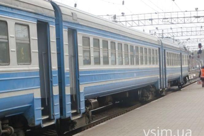 Через Хмельницький курсуватиме додатковий поїзд