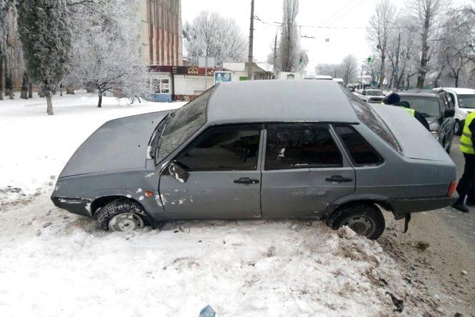 На Кам'янецькій вантажівка врізалась у легковик