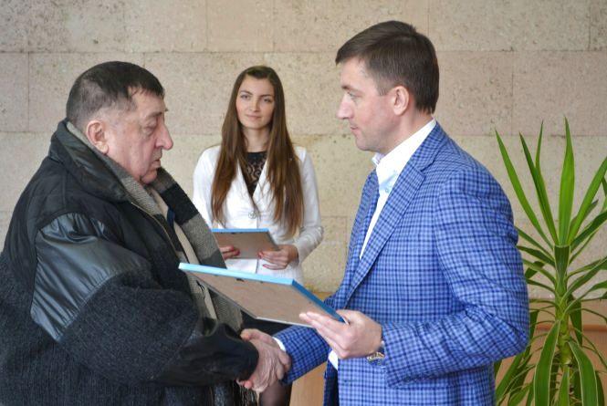 Життєва позиція: Сергій Лабазюк взяв участь в урочистостях до Дня воїна-інтернаціоналіста