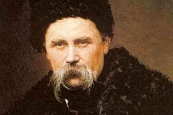 Селфі біля Шевченка і вірш в унісон: в мережі стартував масовий флешмоб