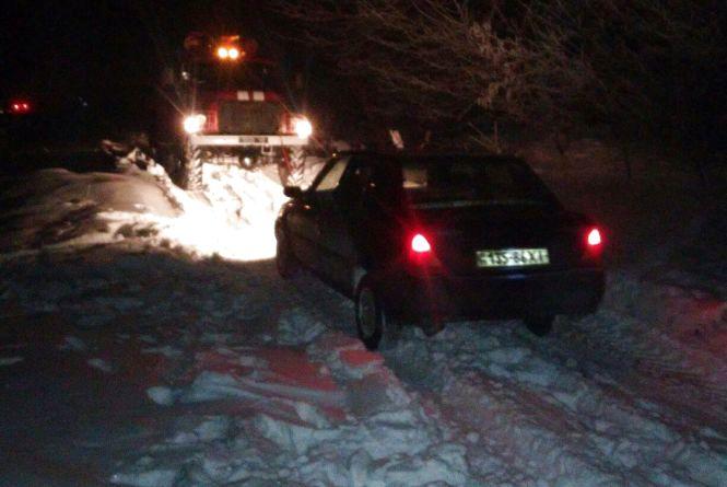 У Чемеровецькому районі іномарка з двома пасажирами з'їхала в кювет