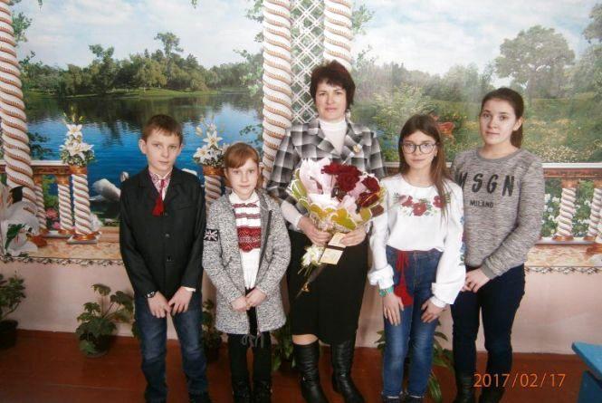 На Хмельниччині нагородили «Мати-героїню»
