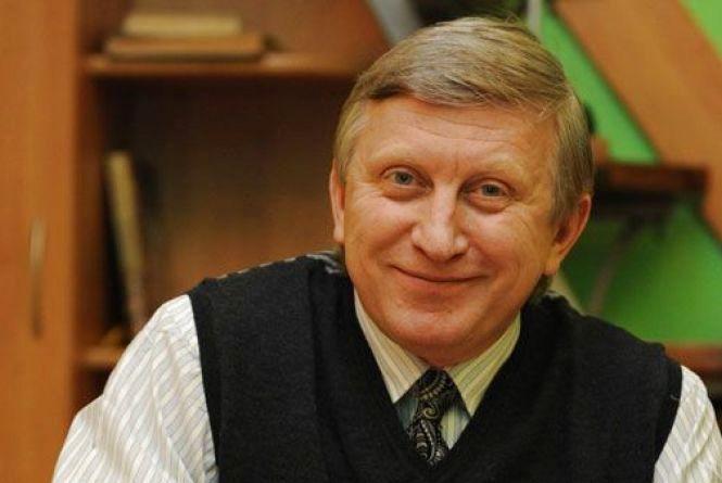 24 лютого народився актор Володимир Горянський