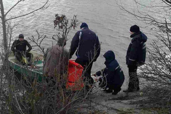В Ізяславі втопився 33-річний чоловік, який ловив рибу на дні річки