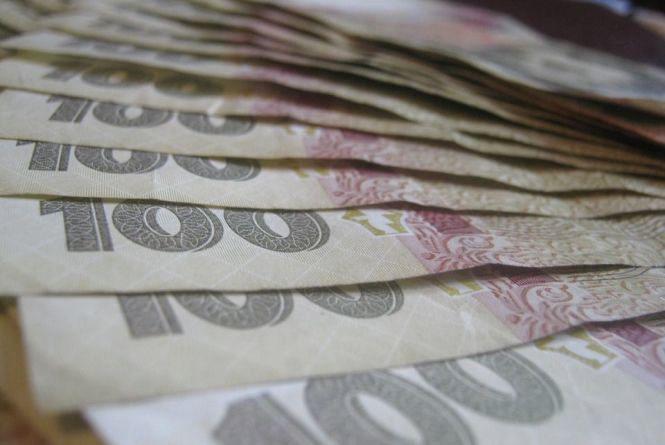 На Хмельниччині середня зарплата «перевалила» за 5 тисяч