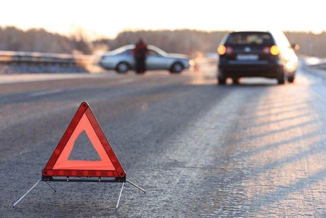 Біля Хмельницького зіткнулися «Volkswagen» і «Hyundai»