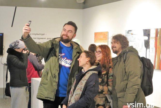 """Зробити мистецтво зрозумілим: для хмельничан відкрили перший арт-центр """"MASLO"""""""