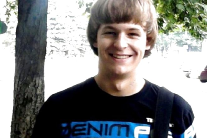 21-річний Коля Терещук, який постраждав у страшній ДТП, пішов на одужання