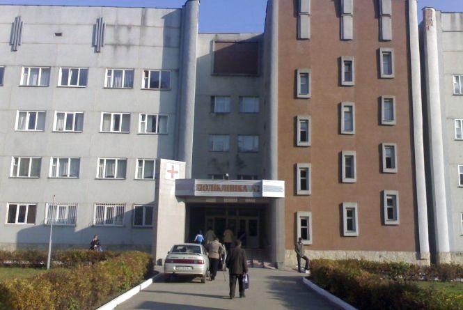 У Хмельницькому призначили головних лікарів двох поліклінік. Хто ними став