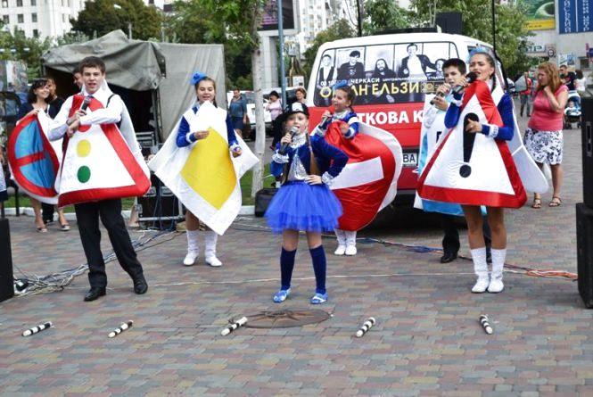 Хмельницькі школярі танцюватимуть за правилами дорожнього руху